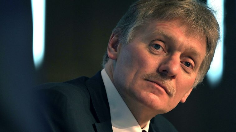 Песков заявил, что россиян волнуют тема экономики и кризис