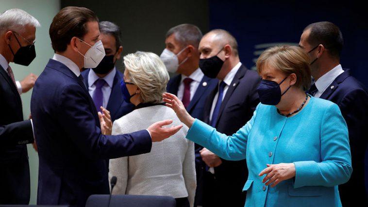 Санкции вместо встречи с Путиным: о чем не смогли договориться лидеры ЕС