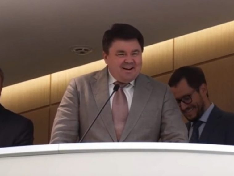 Замглавы Росгвардии рассмешил Матвиенко, не сумев пояснить законопроект (ВИДЕО)